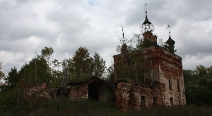 Rusko zřícenina kostela